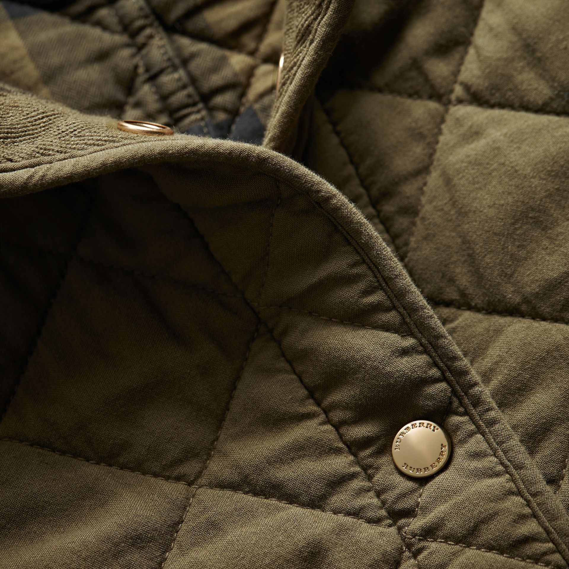 Scalloped Diamond Quilted Cotton Jacket in Olive - Women   Burberry - gallery image 2
