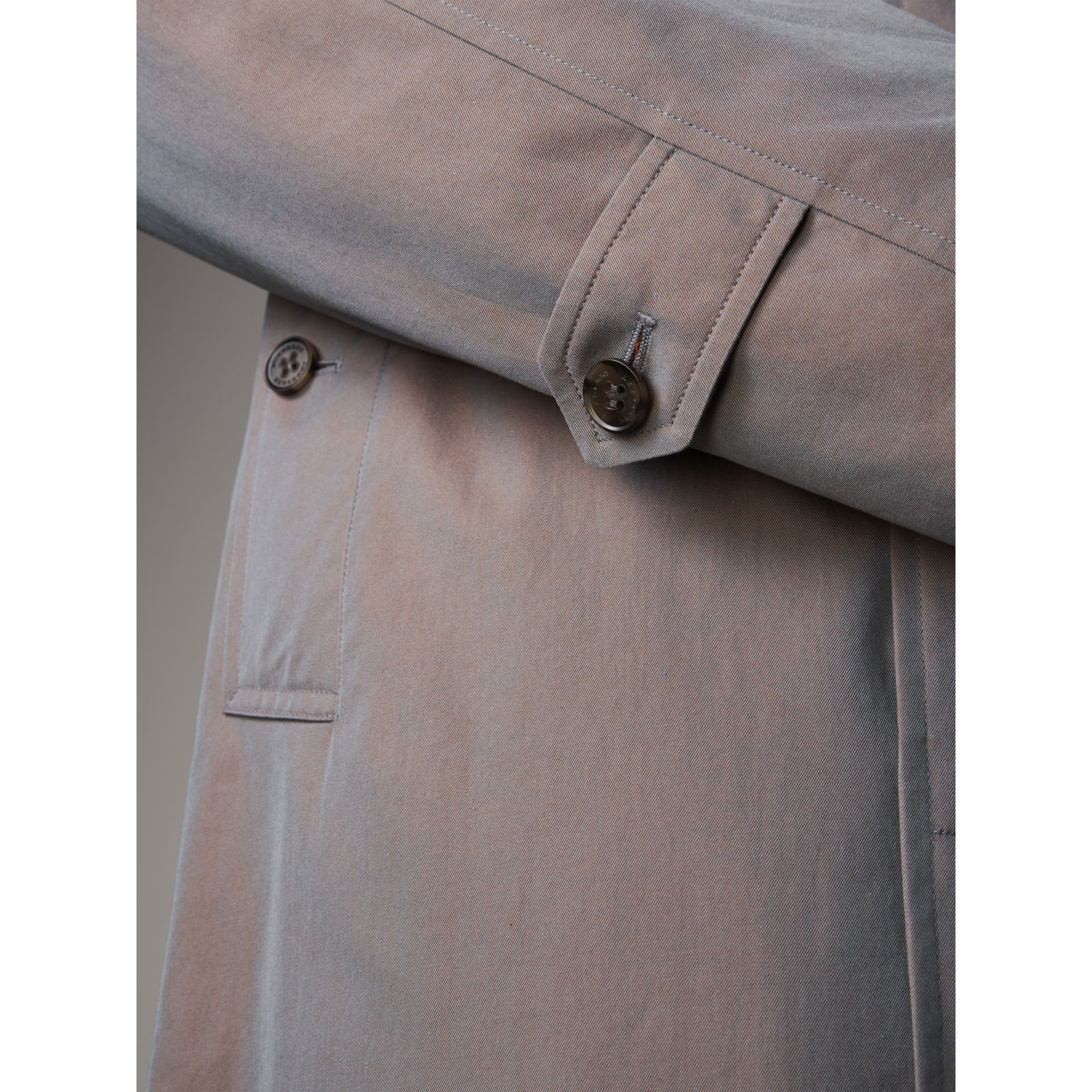 The Camden – Car Coat long (Gris Lilas) - Homme | Burberry - photo de la galerie 5