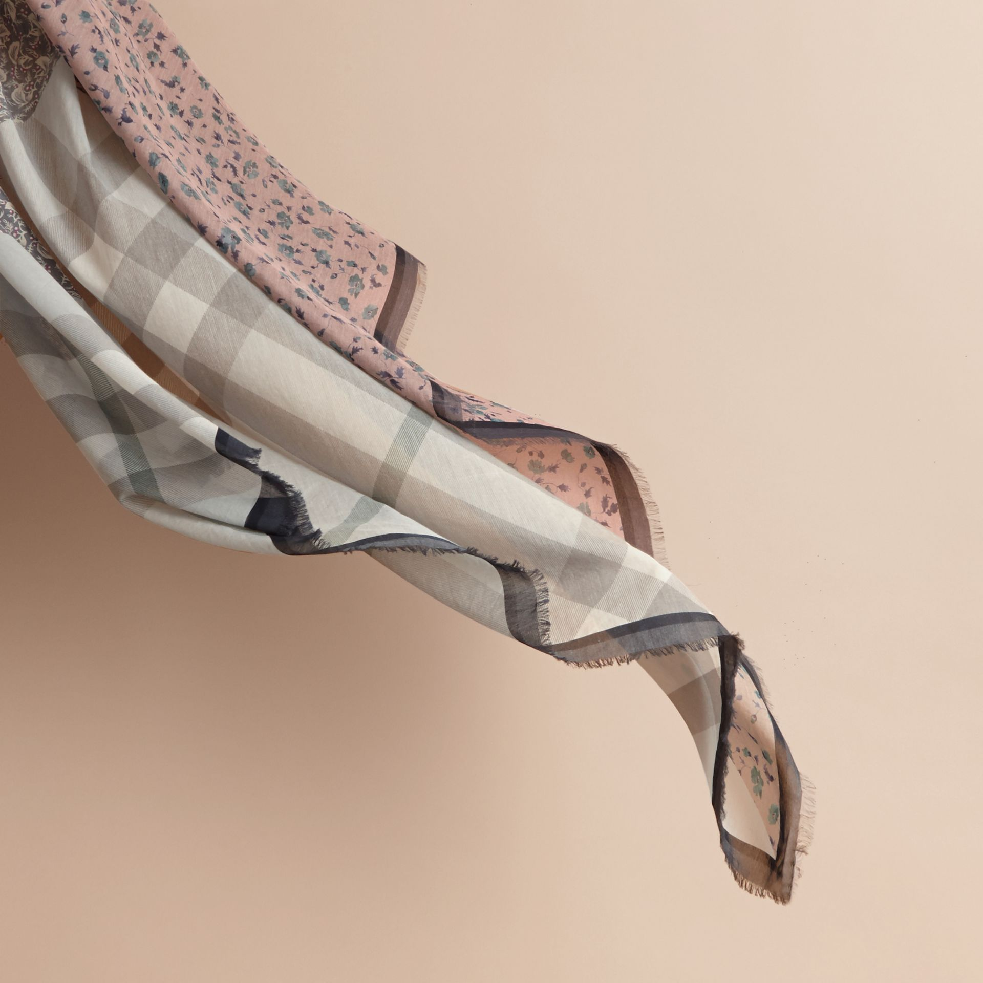 Lightweight Floral and Check Print Cotton Silk Scarf in Steel Blue - Women | Burberry - gallery image 4