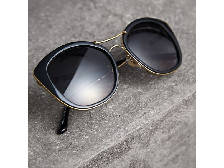 Check Detail Round Frame Sunglasses in Black - Women | Burberry United Kingdom - cell image 2