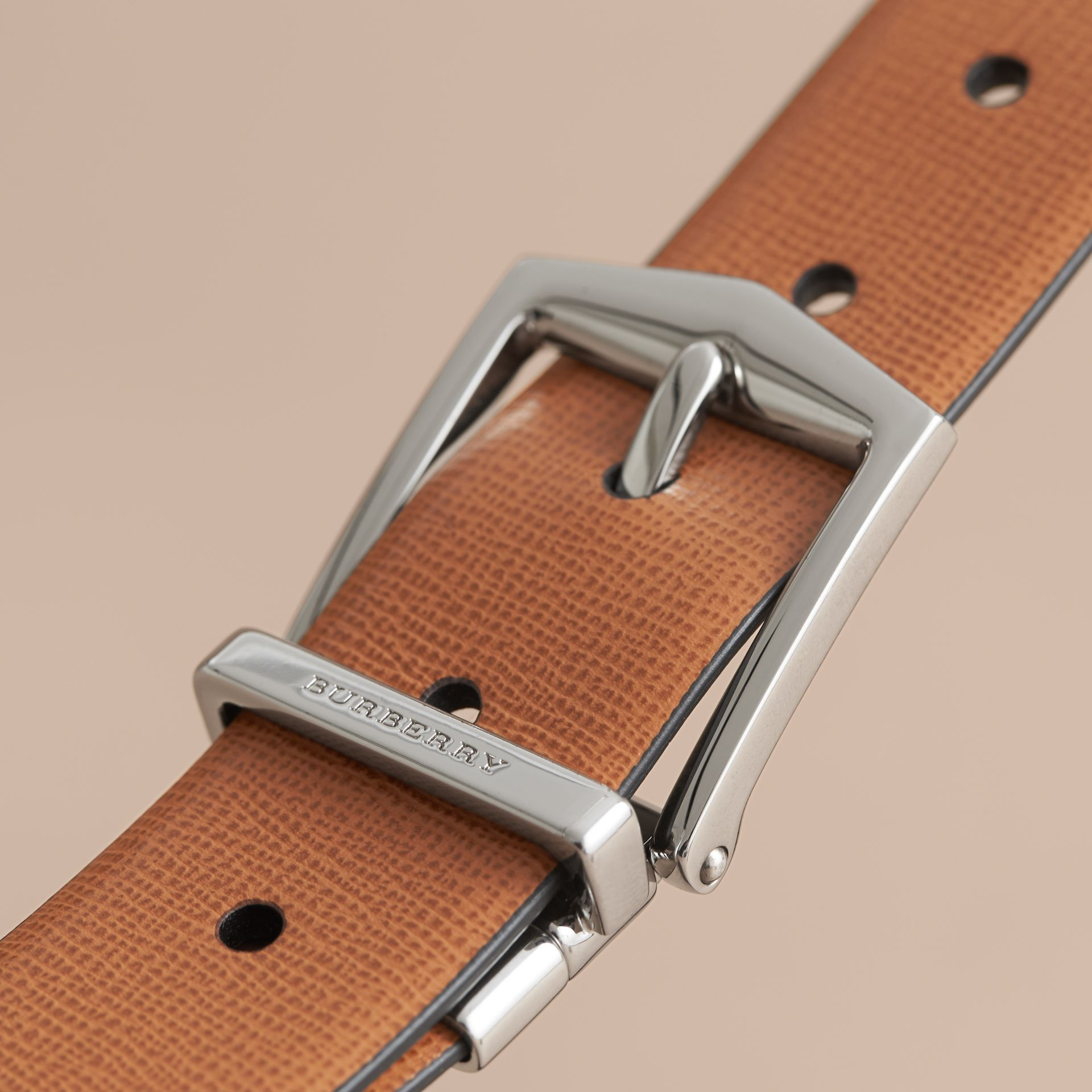Reversible London Leather Belt in Tan/black - gallery image 2