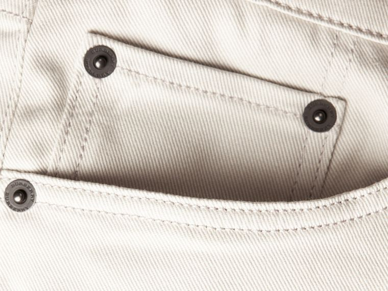 淡石色 修身剪裁日本伸縮牛仔褲 淡石色 - cell image 1