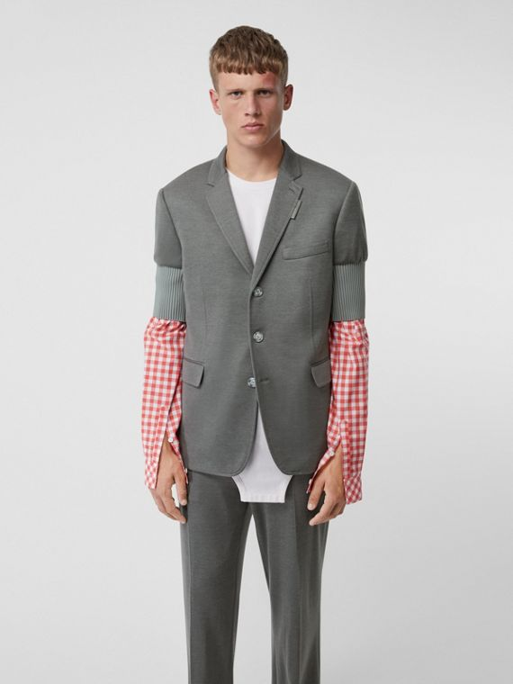 Slim Fit Panelled-sleeve Cashmere Silk Jersey Blazer in Cloud Grey