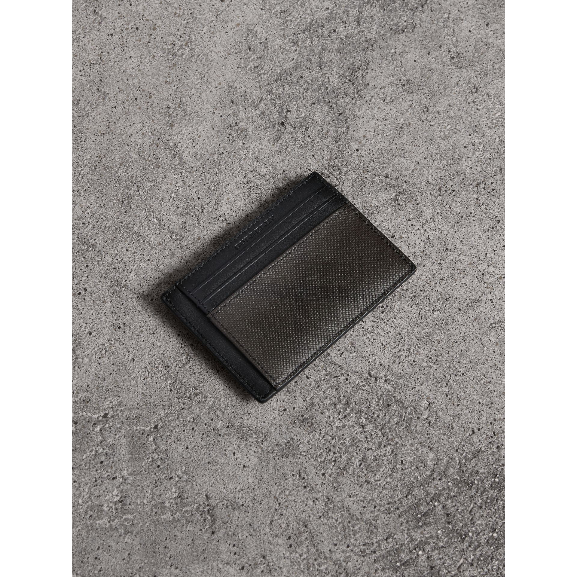 London Check Money Clip Card Case in Chocolate/black - Men | Burberry - gallery image 0