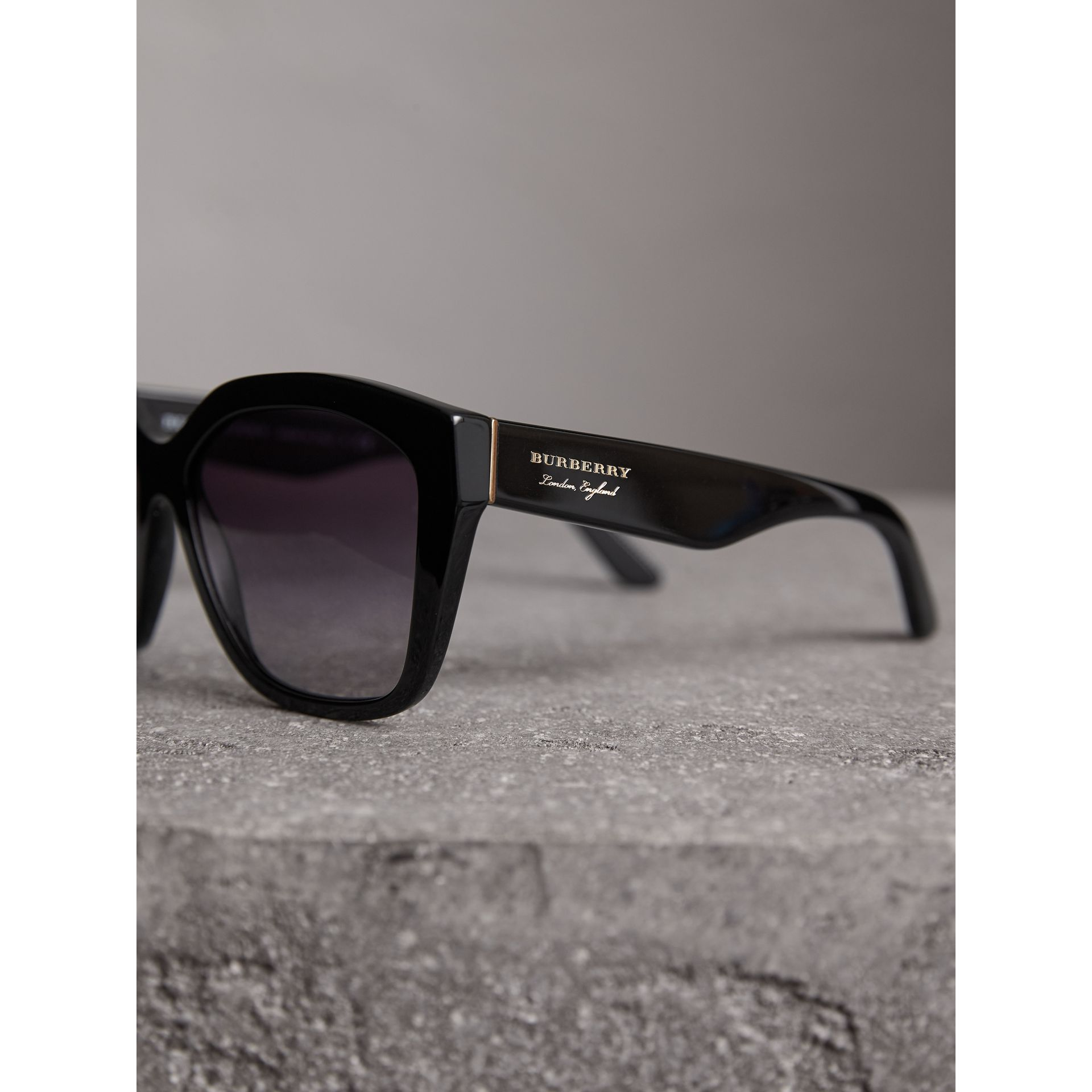 Square Frame Sunglasses in Black - Women | Burberry - gallery image 2