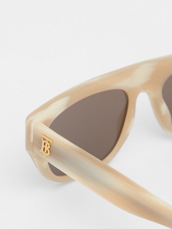 Monogram Motif Rectangular Frame Sunglasses in Light Horn | Burberry - cell image 1