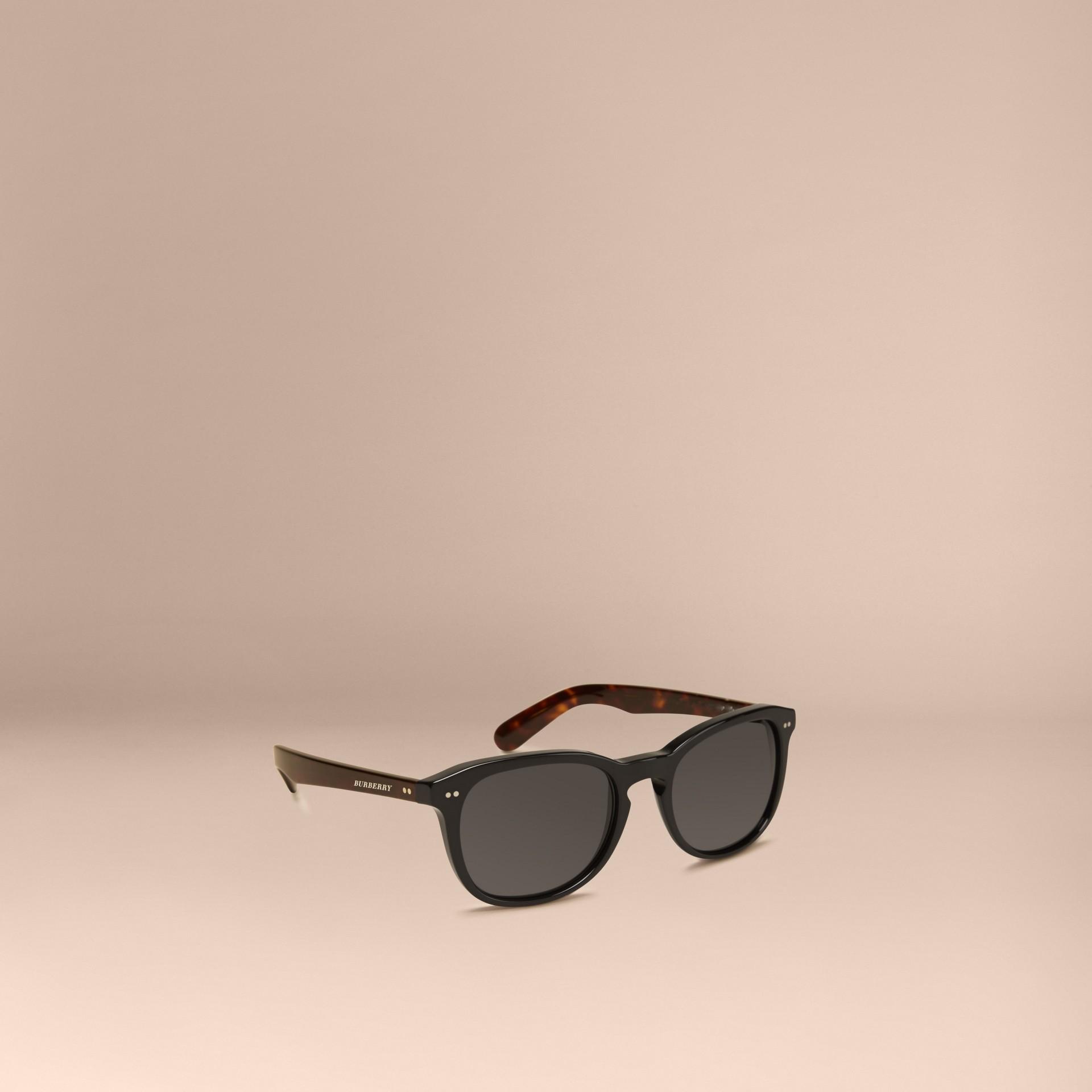 Black Square Frame Sunglasses Black - gallery image 1