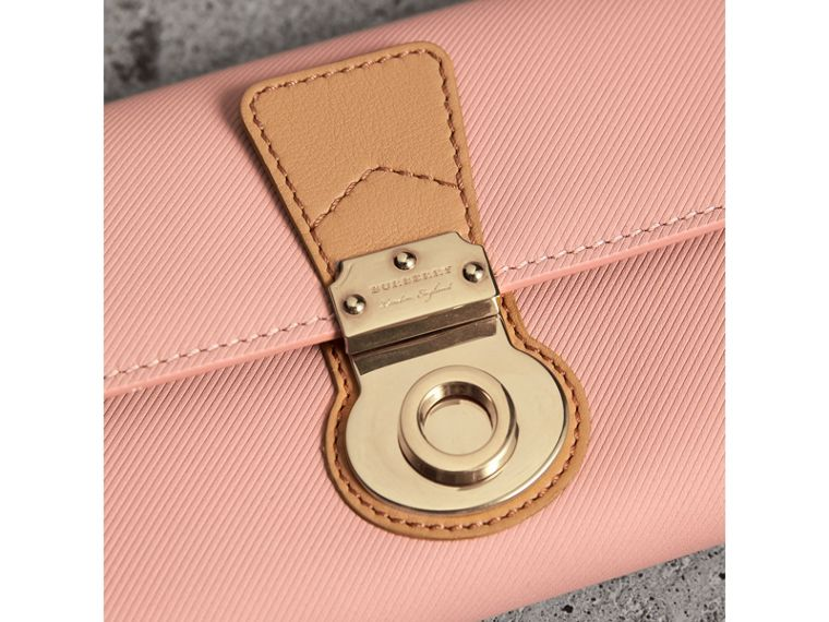 Two-tone Trench Leather Continental Wallet in Ash Rose/pale Clementine - Women | Burberry United Kingdom - cell image 1
