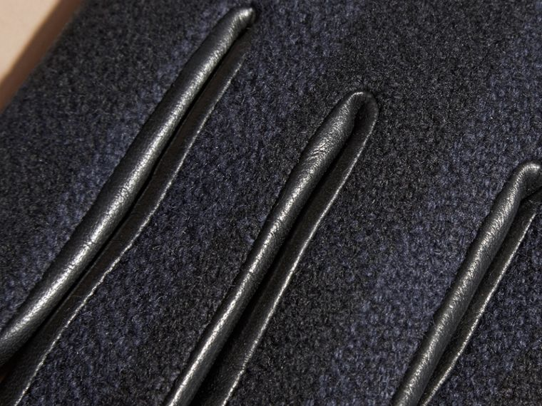 Check Wool and Leather Touch Screen Gloves in Navy - Men | Burberry Hong Kong - cell image 1