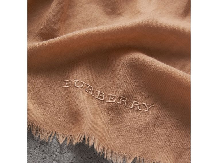 The Lightweight Cashmere Scarf in Camel | Burberry - cell image 4