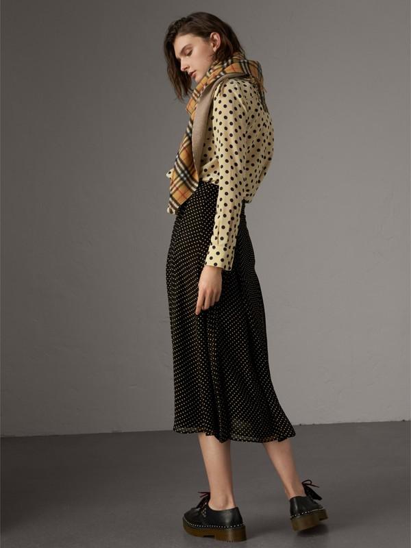Pintuck Detail Dot Print Silk Skirt in Black - Women | Burberry - cell image 2