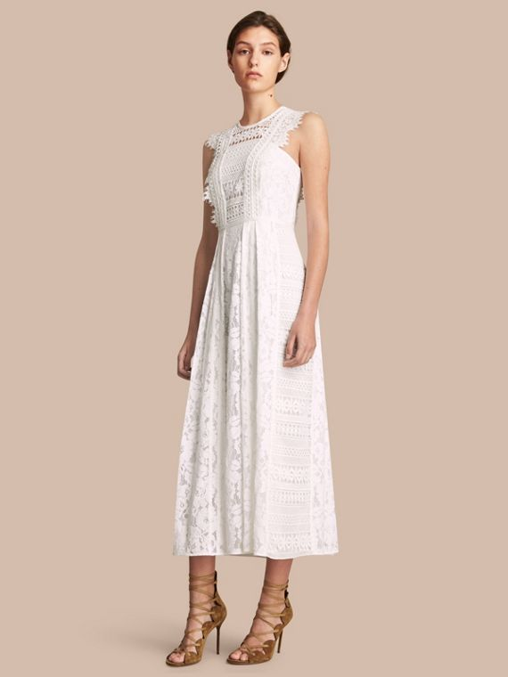 Sleeveless Macramé Lace Dress