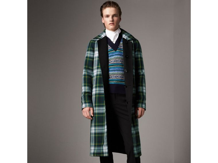 Reversible Cashmere and Tartan Wool Car Coat in Black - Men | Burberry Australia - cell image 4