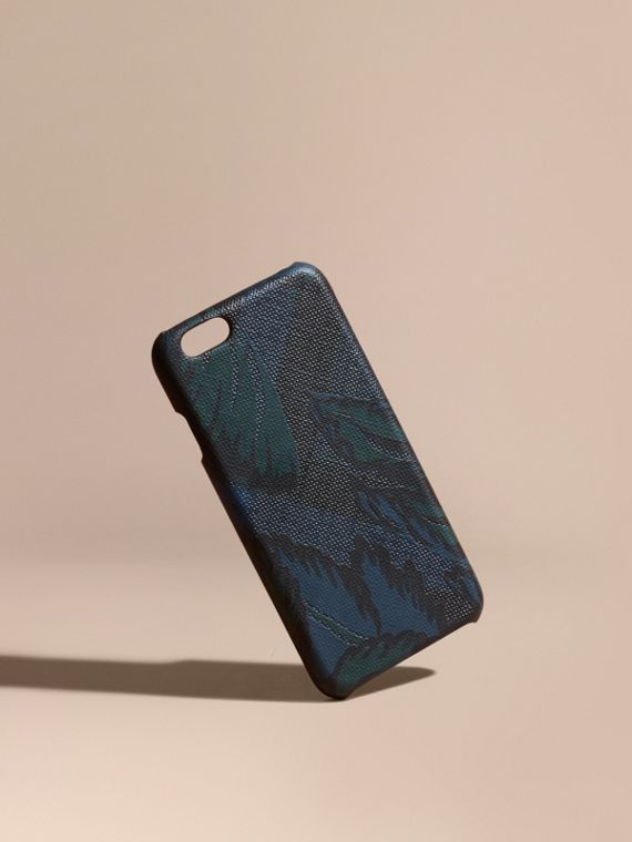 iPhone 6-Etui in London Check mit floralem Muster