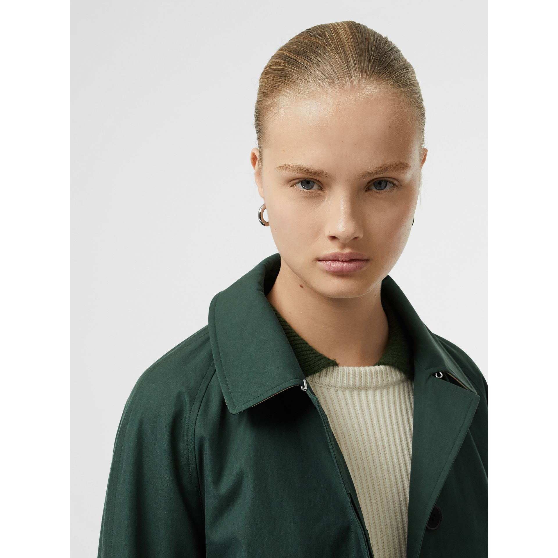 The Camden Car Coat in Dark Emerald - Women | Burberry United Kingdom - gallery image 1