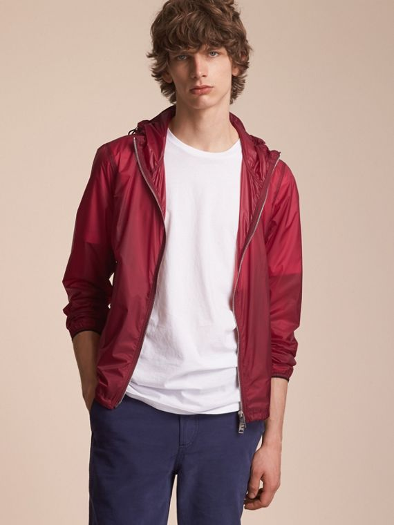 Hooded Super-lightweight Jacket in Crimson Pink