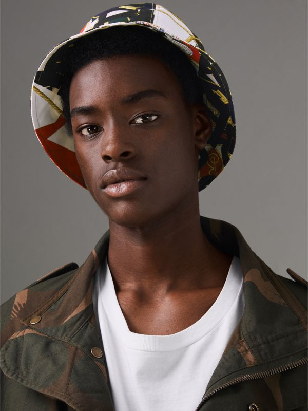 Graffiti Scarf Print Bucket Hat in Multicolour | Burberry Hong Kong - cell image 2