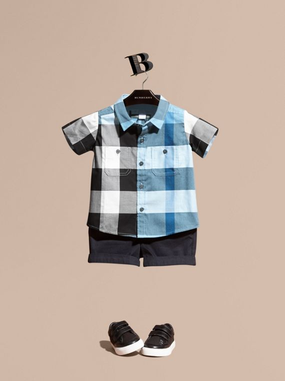 Short-sleeve Check Cotton Shirt in Pale Blue