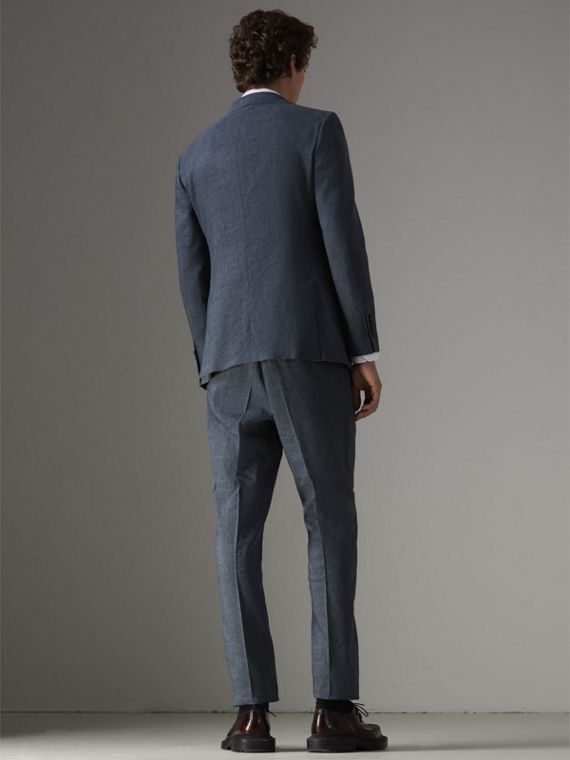Soho Fit Three-piece Linen Wool Suit in Pale Slate Blue - Men | Burberry - cell image 2
