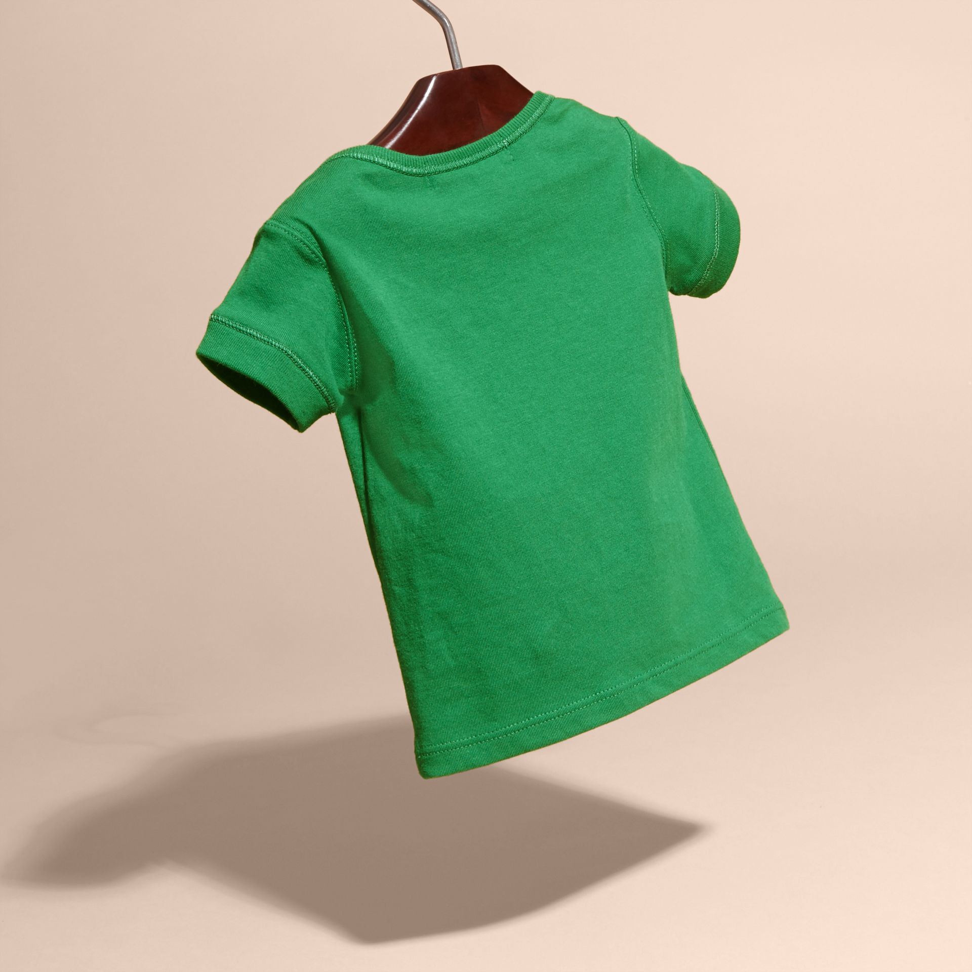 Check Pocket T-Shirt Bright Pigment Green - gallery image 4