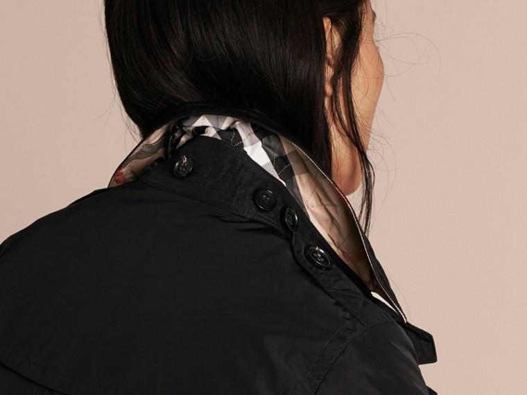 Noir Trench-coat en taffetas à capuche amovible Noir - cell image 4