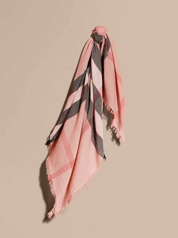 Grande écharpe carrée en laine mérinos à motif check Rose Cendré
