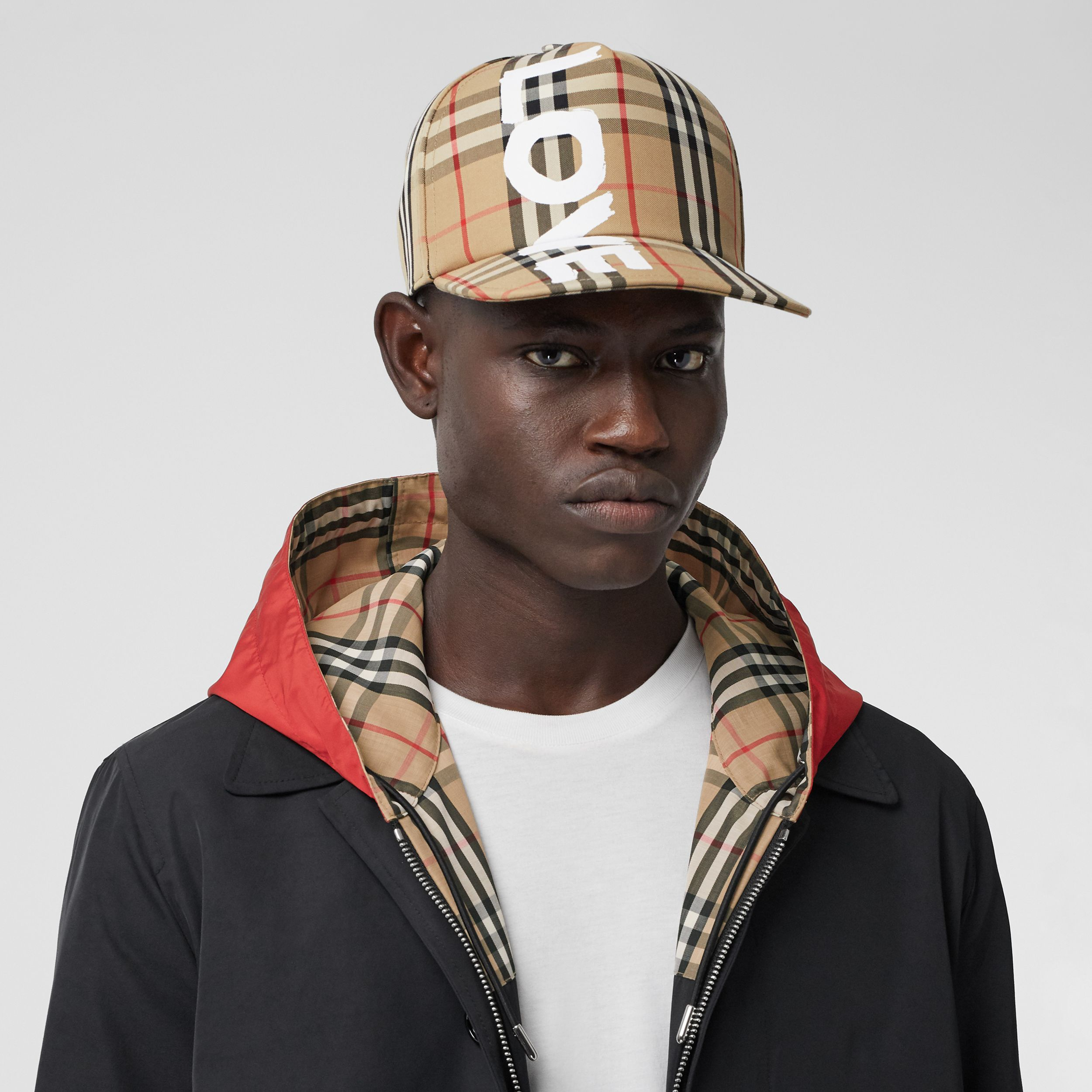 Love Print Vintage Check Baseball Cap in Archive Beige | Burberry Hong Kong S.A.R. - 4