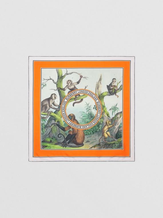 Pañuelo cuadrado en seda con estampado de monos (Verde Ópalo Claro)