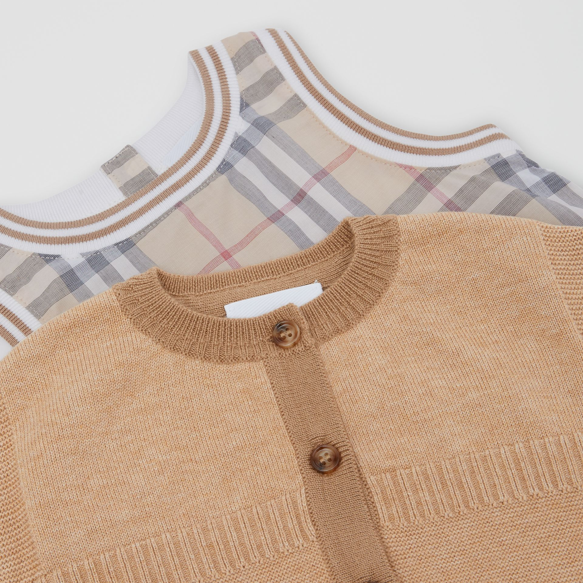 Vintage Check Cotton Three-piece Baby Gift Set in Pale Stone - Children | Burberry Hong Kong S.A.R - gallery image 1