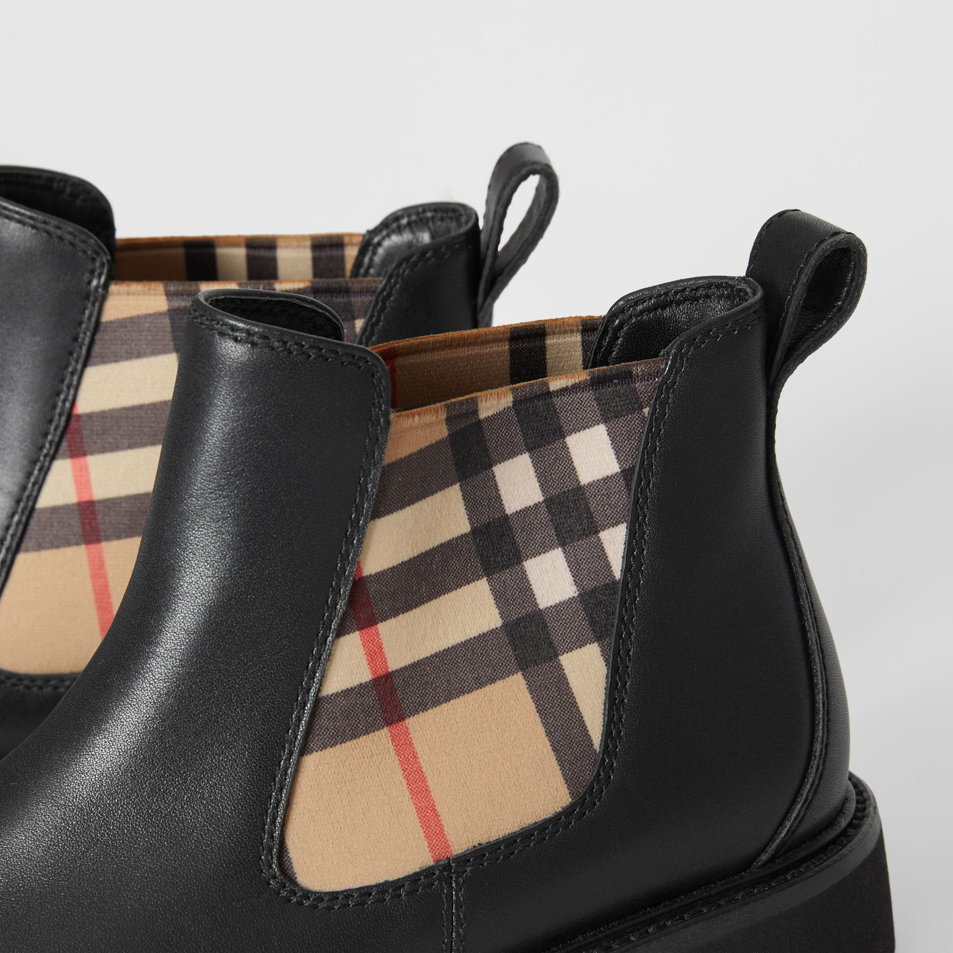Bottines Chelsea en cuir et tissu Vintage check (Noir) - Enfant | Burberry - photo de la galerie 1