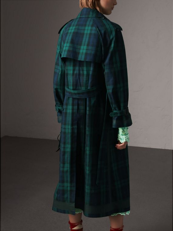 Trench coat in gabardine di cotone con motivo tartan (Navy Intenso) - Donna | Burberry - cell image 2