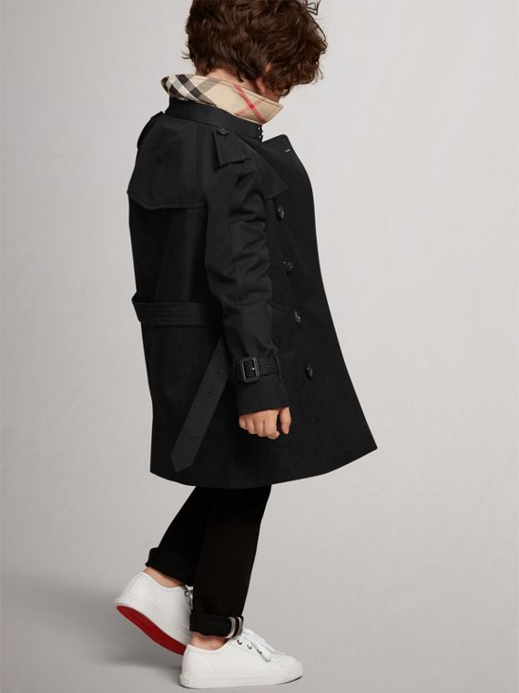 The Wiltshire – Heritage Trench Coat in Black - Boy | Burberry - cell image 3