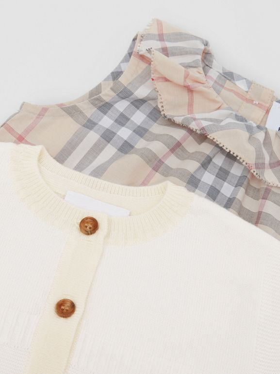 Vintage Check Cotton Three-piece Baby Gift Set in Pale Stone - Children | Burberry United States - cell image 1
