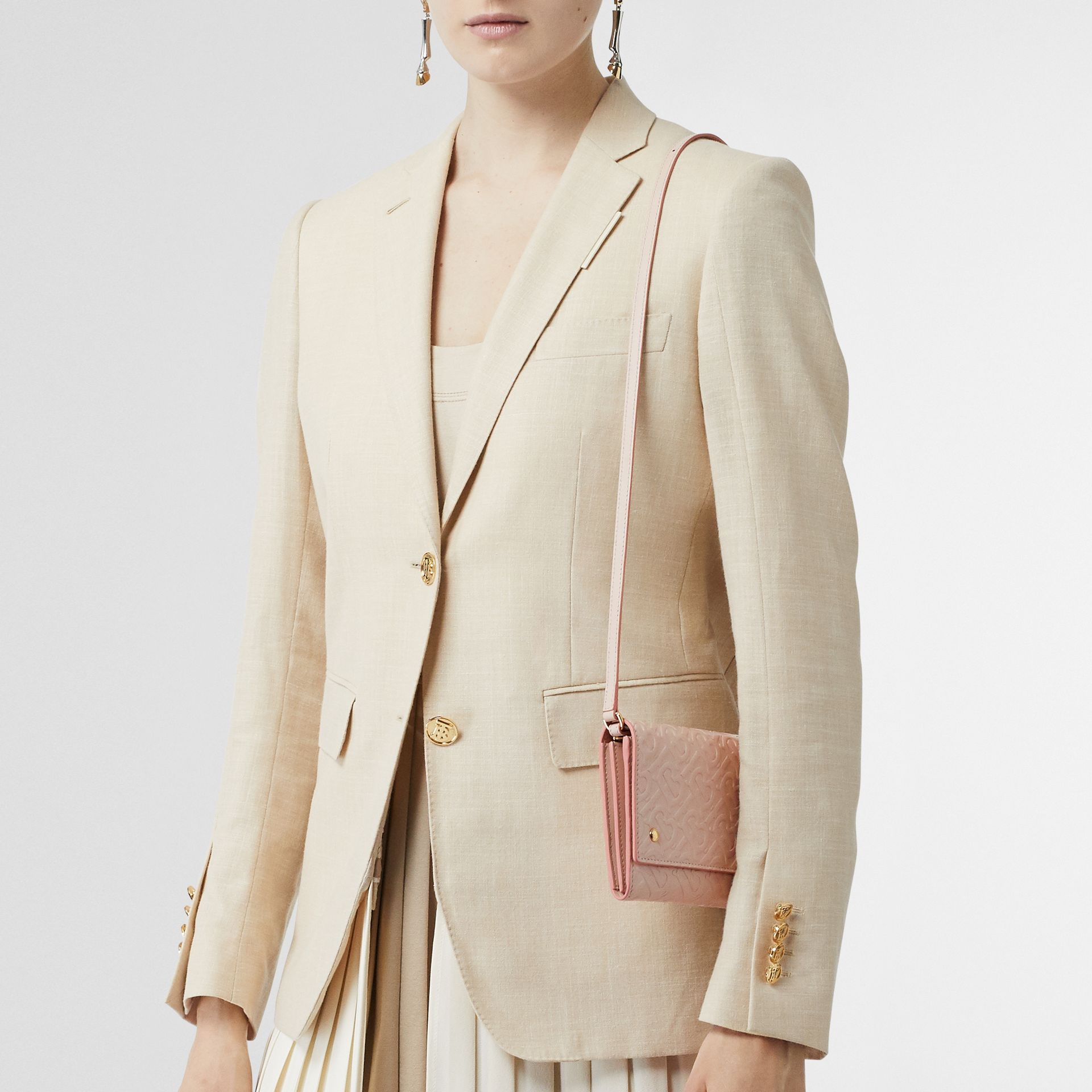 Portefeuille en cuir Monogram et sangle amovible (Beige Rose) - Femme | Burberry - photo de la galerie 2