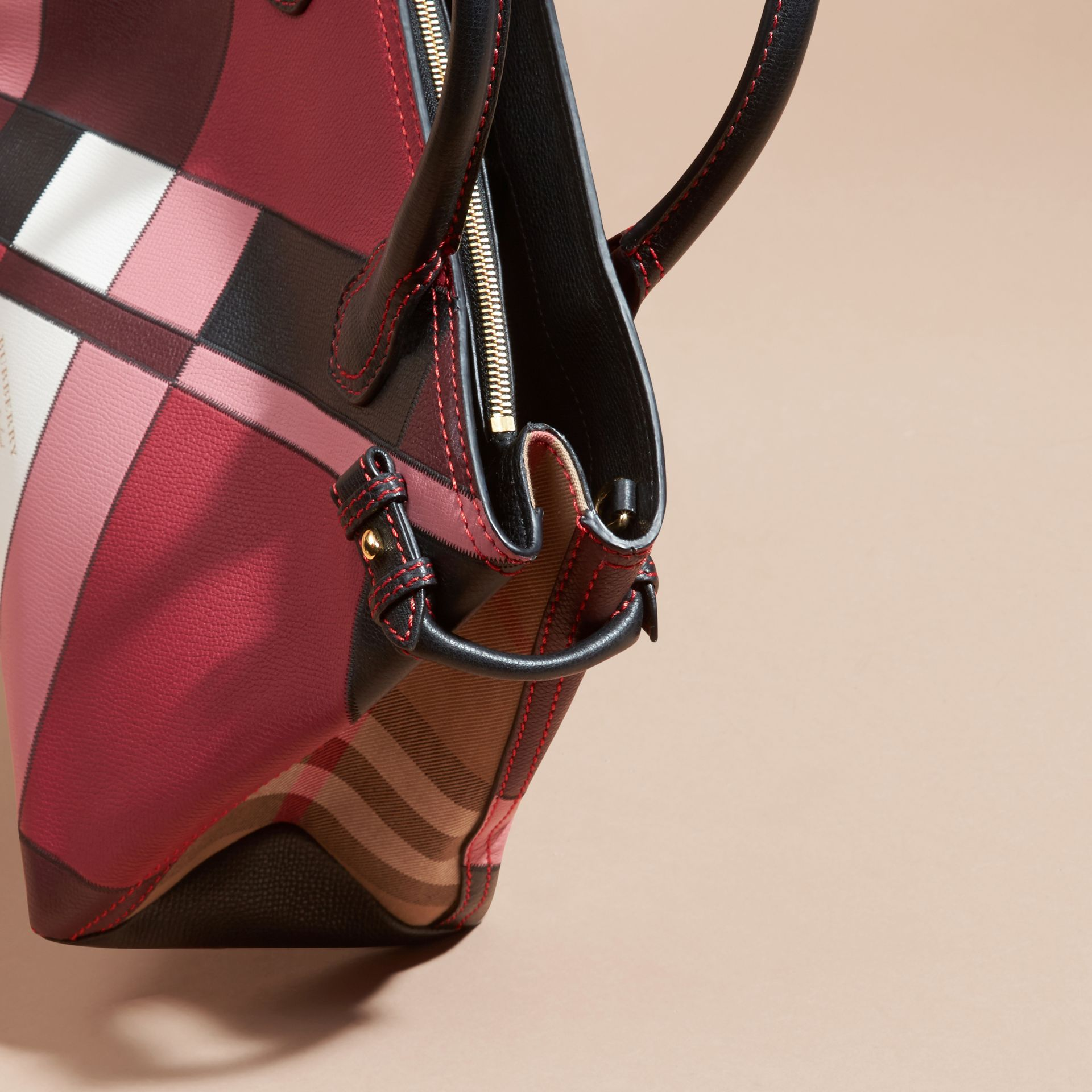The Medium Banner in Colour Block Leather in Pink - Women | Burberry Canada - gallery image 5