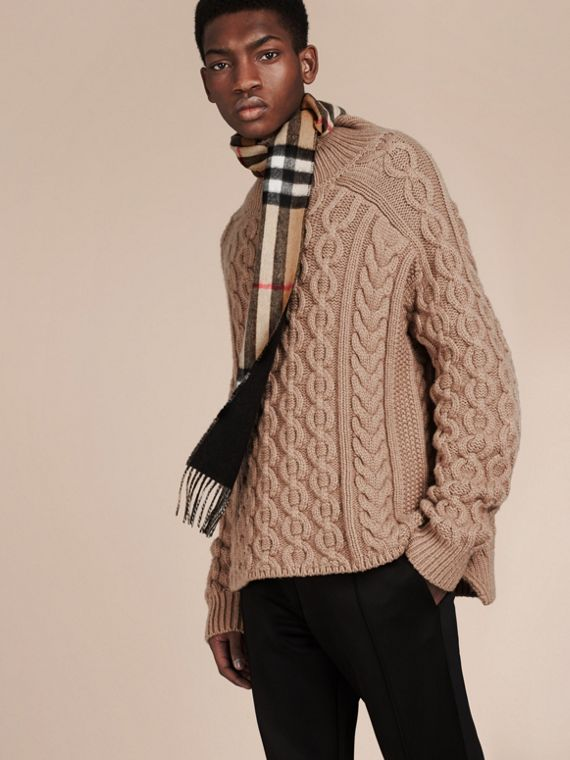 Camel/black The Slim Reversible Cashmere Scarf in Check Camel/black - cell image 2