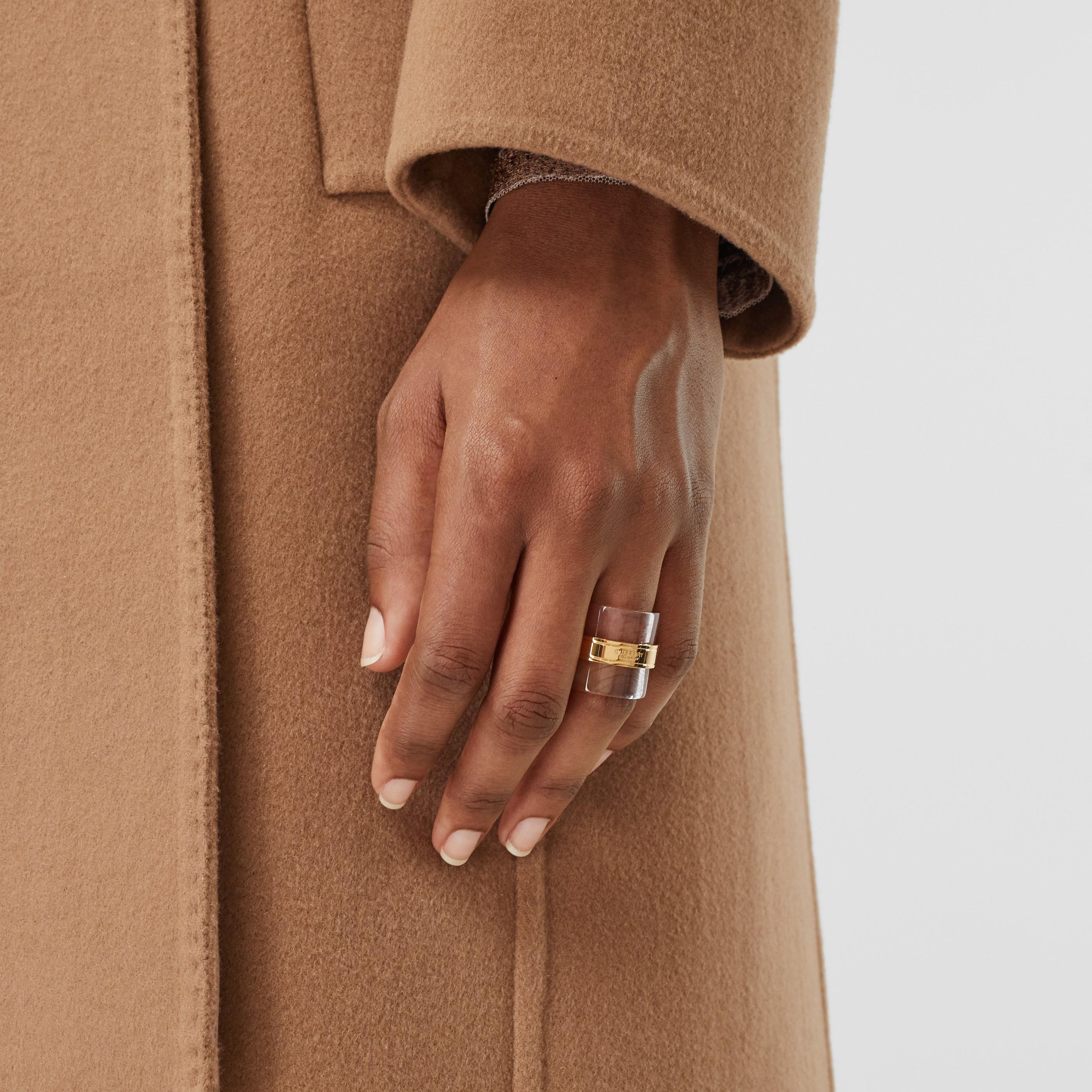 Anello cilindrico in ottone placcato oro e resina (Chiaro/beige) - Donna | Burberry - 2