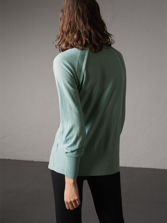 Open-knit Detail Cashmere Cardigan in Eucalyptus Green - Women | Burberry Australia - cell image 2