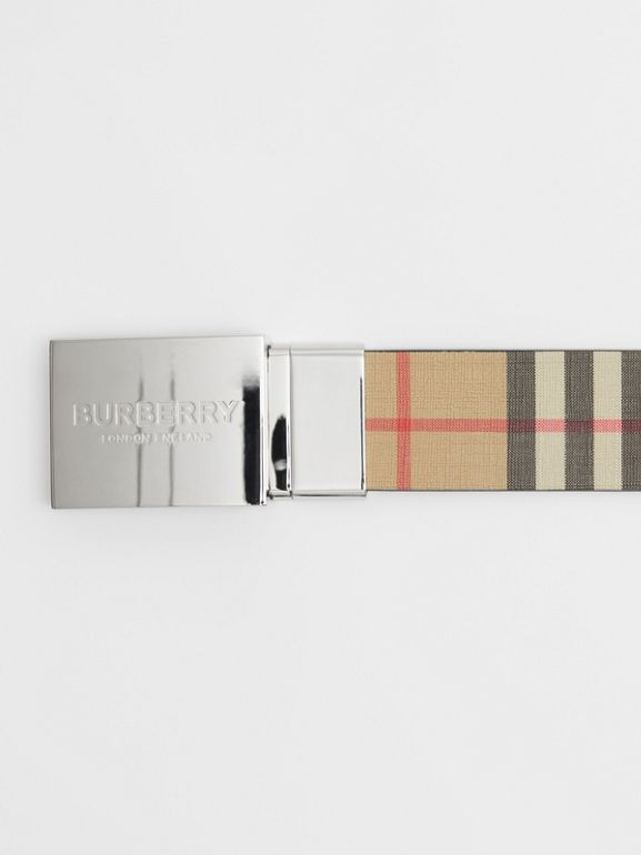 Reversible Plaque Buckle Vintage Check E-canvas Belt in Archive Beige - Men | Burberry Australia - cell image 1