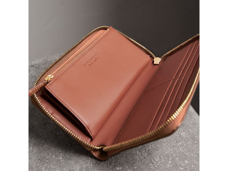 Embossed Grainy Leather Ziparound Wallet in Chestnut Brown - Men | Burberry United Kingdom - cell image 4