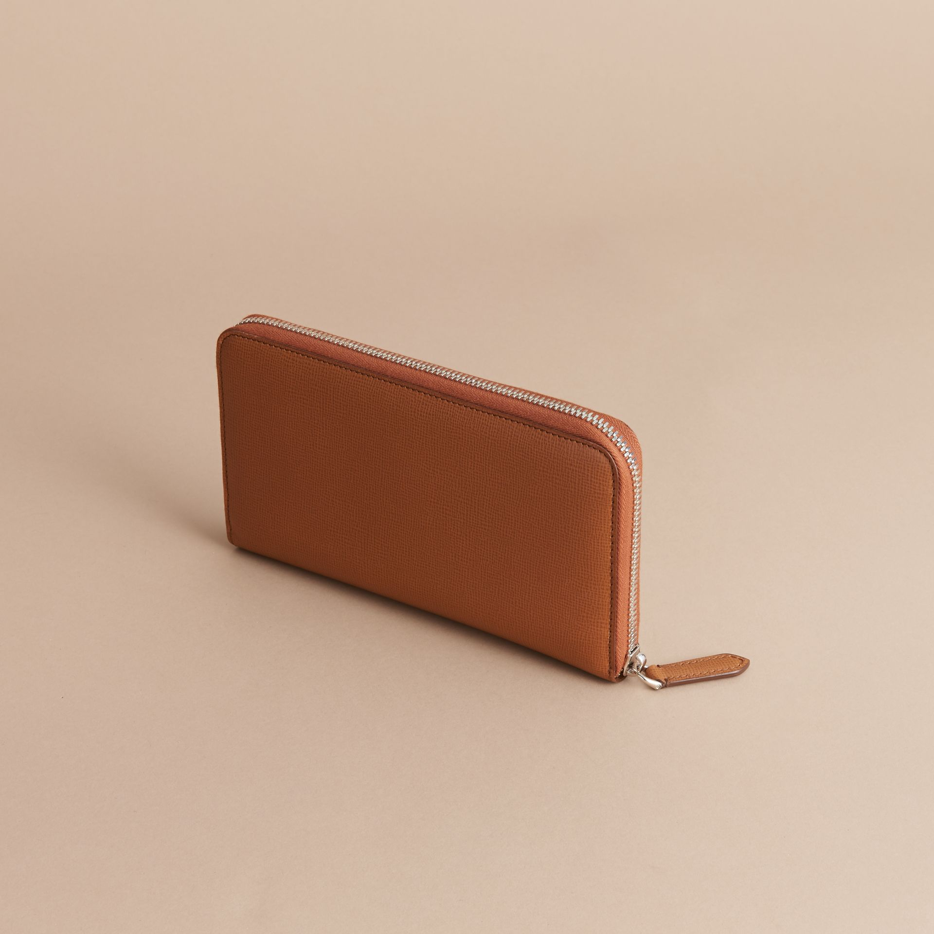 London Leather Ziparound Wallet in Tan | Burberry Australia - gallery image 4