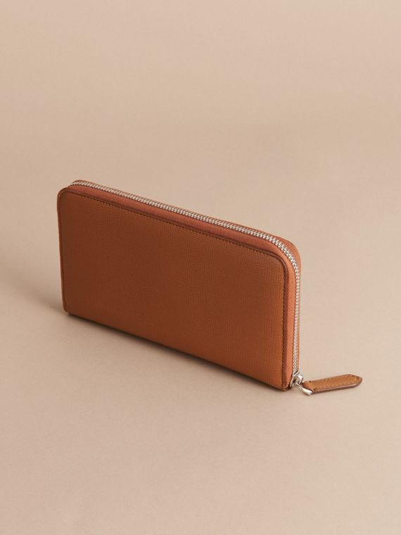 London Leather Ziparound Wallet in Tan | Burberry Australia - cell image 3