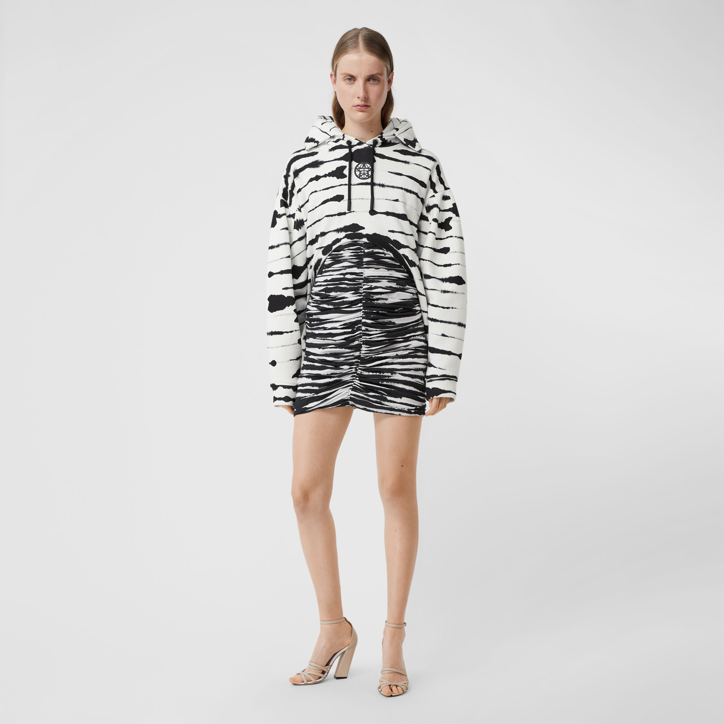 Cut-out Detail Watercolour Print Cotton Hoodie in White/black - Women | Burberry - 1