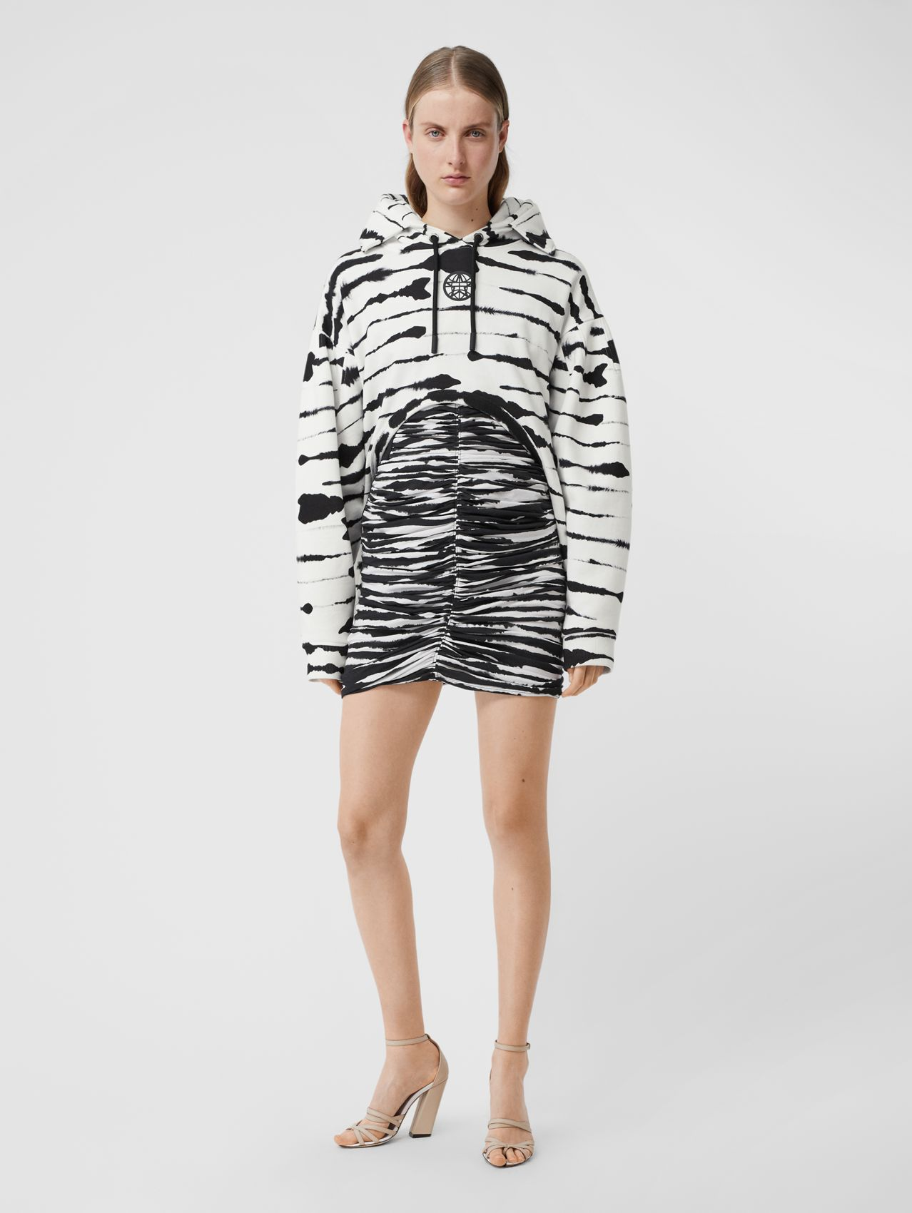 Cut-out Detail Watercolour Print Cotton Hoodie (White/black)