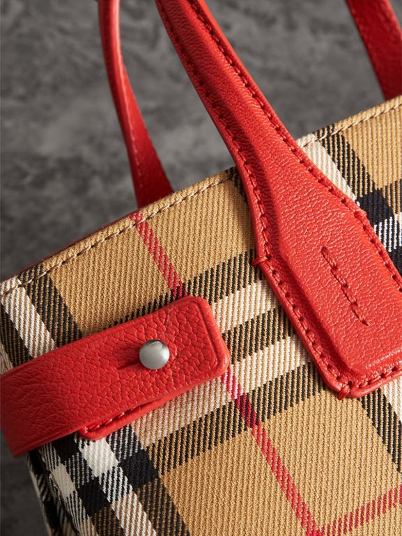 The Small Banner in Vintage Check and Leather in Bright Red - Women | Burberry Hong Kong - cell image 1