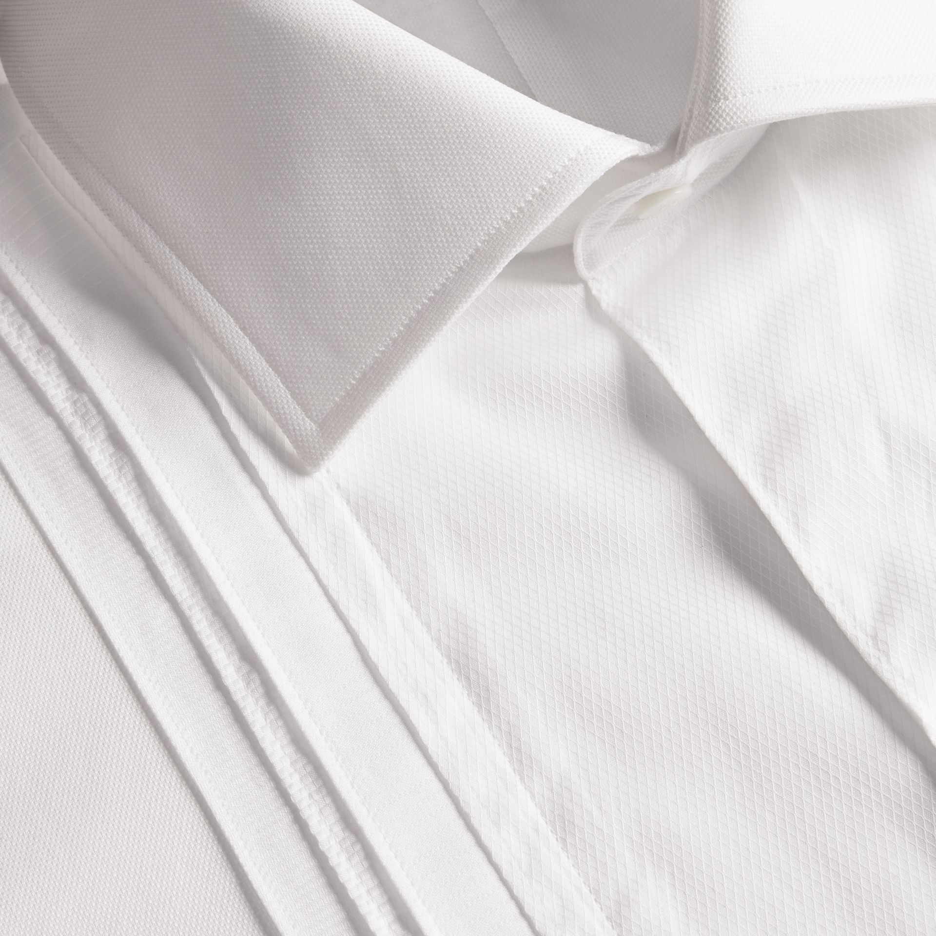White Modern Fit Double-cuff Pleat Bib Cotton Dress Shirt - gallery image 2