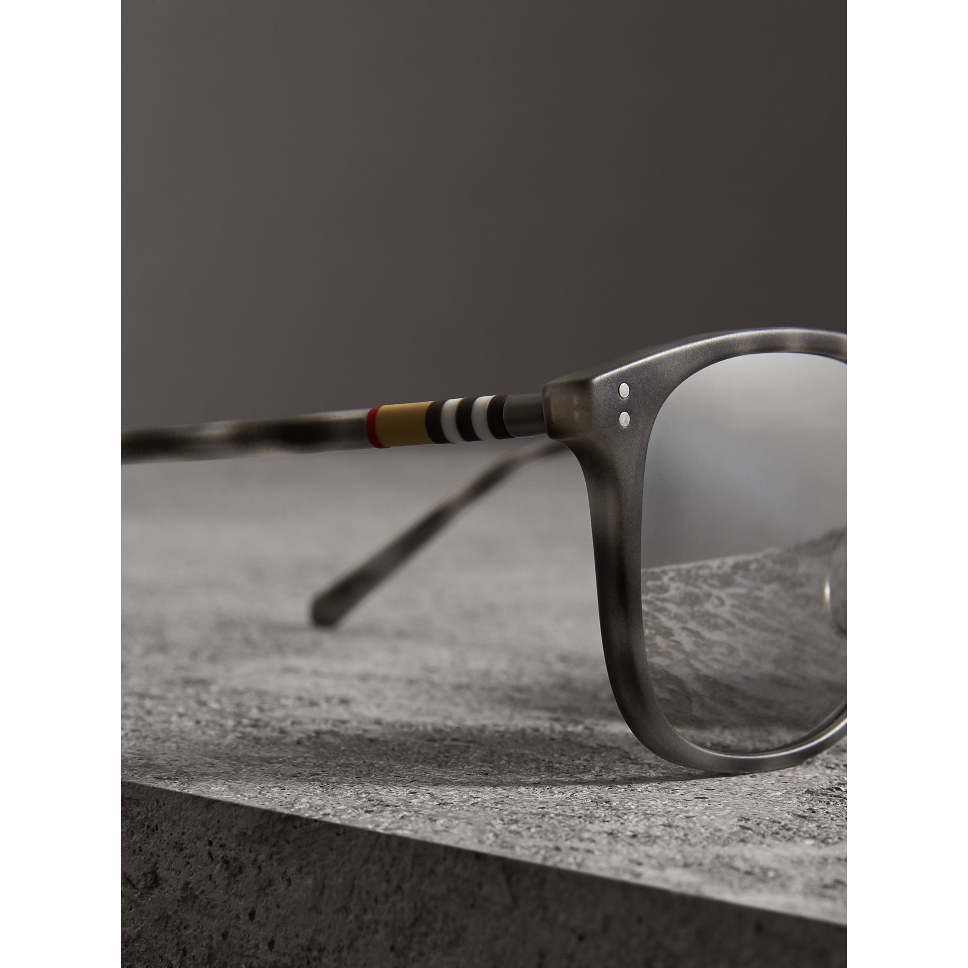 Square Frame Acetate Sunglasses in Chalk Grey - Men | Burberry - gallery image 1