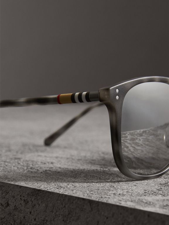Square Frame Acetate Sunglasses in Chalk Grey - Men | Burberry - cell image 1