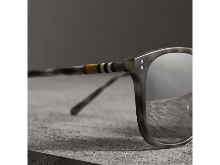 Square Frame Acetate Sunglasses in Chalk Grey - Men | Burberry United States - cell image 1