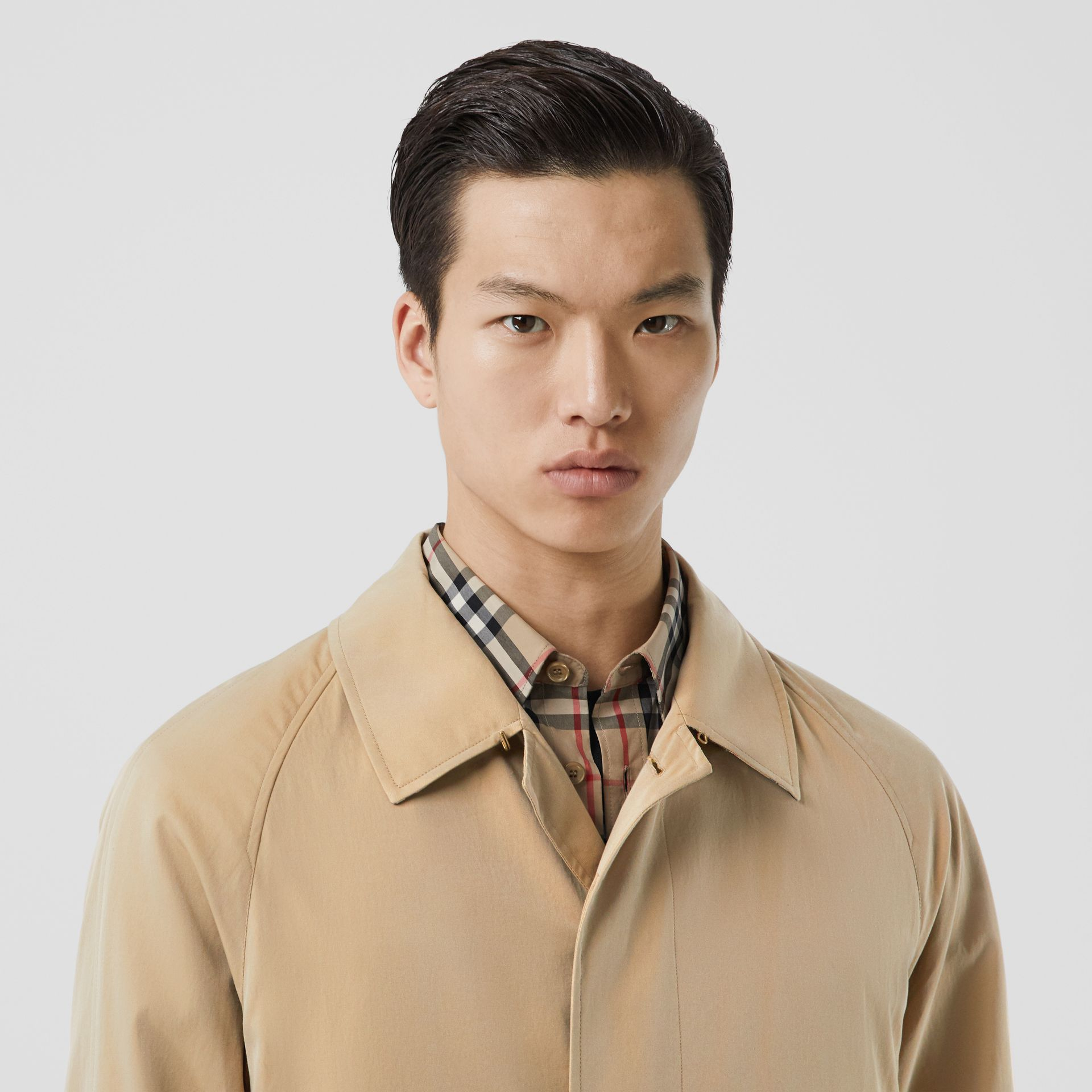 The Camden Car Coat in Honey - Men | Burberry Hong Kong S.A.R - gallery image 8